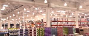 コストコオープン準備前の倉庫内