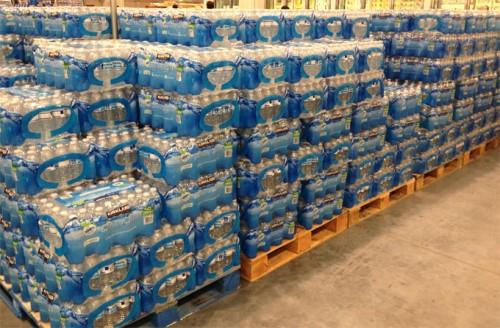 カークランドシグネチャー飲料水