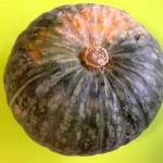 コストコの『かぼちゃ』を購入、フライパン調理して食べた味や感想は?