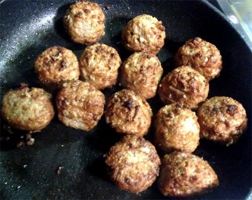 『ちょっと贅沢なミートボール』調理