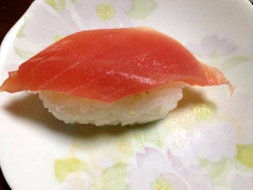 握り寿司のまぐろ