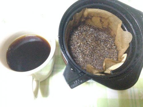 挽きたてコーヒーと出しがら