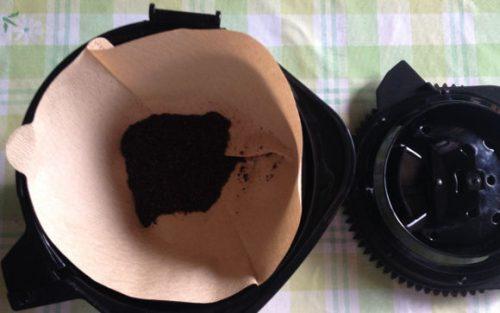 通常のコーヒーフィルターを使用