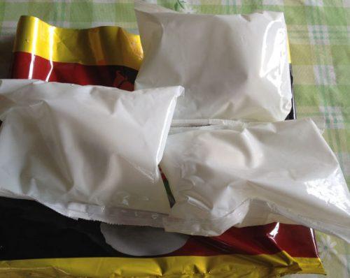 カステーリバッファローモッツァレラは3つの小袋に分けられています。