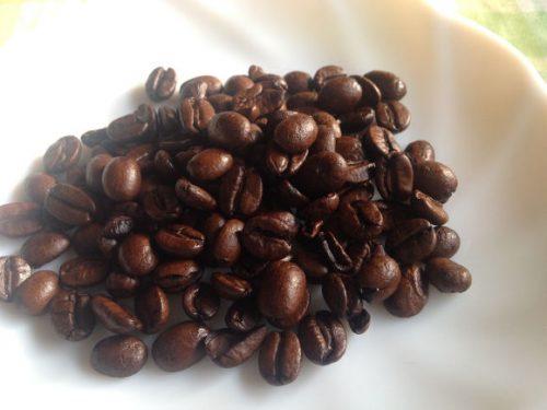 『ヘーゼルナッツ・バニラ・ホールビーンズコーヒー』豆2