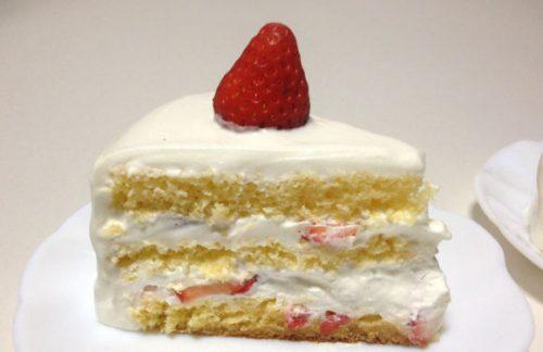 手早く作ったショートケーキ