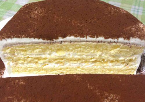 ココアをケーキ上面に使用